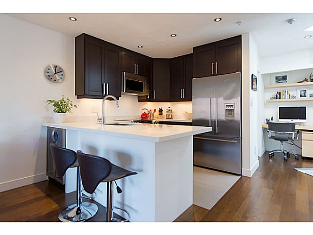 "Photo 6: 418 1820 W 3RD Avenue in Vancouver: Kitsilano Condo for sale in ""Monterey"" (Vancouver West)  : MLS(r) # V1057027"