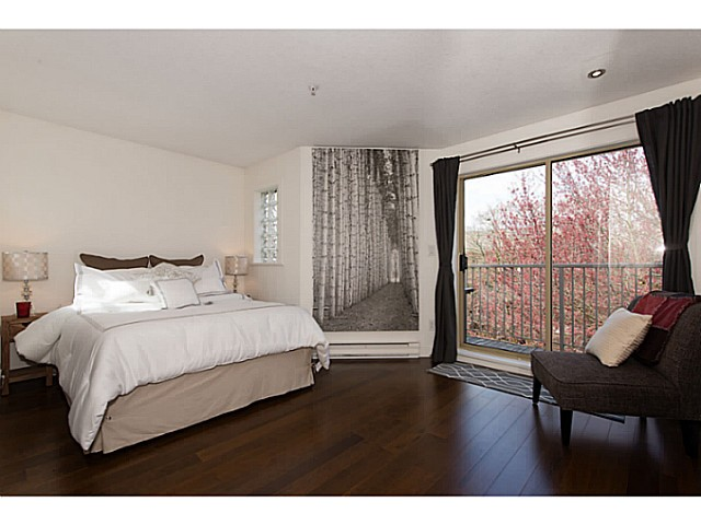 "Photo 11: 418 1820 W 3RD Avenue in Vancouver: Kitsilano Condo for sale in ""Monterey"" (Vancouver West)  : MLS(r) # V1057027"