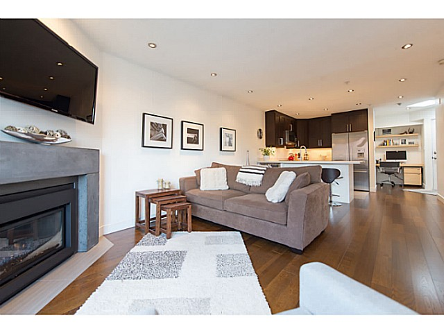 "Photo 2: 418 1820 W 3RD Avenue in Vancouver: Kitsilano Condo for sale in ""Monterey"" (Vancouver West)  : MLS(r) # V1057027"