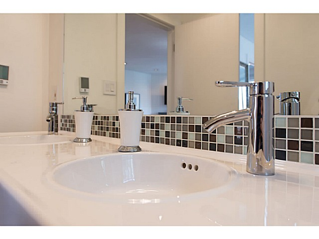 "Photo 16: 418 1820 W 3RD Avenue in Vancouver: Kitsilano Condo for sale in ""Monterey"" (Vancouver West)  : MLS(r) # V1057027"