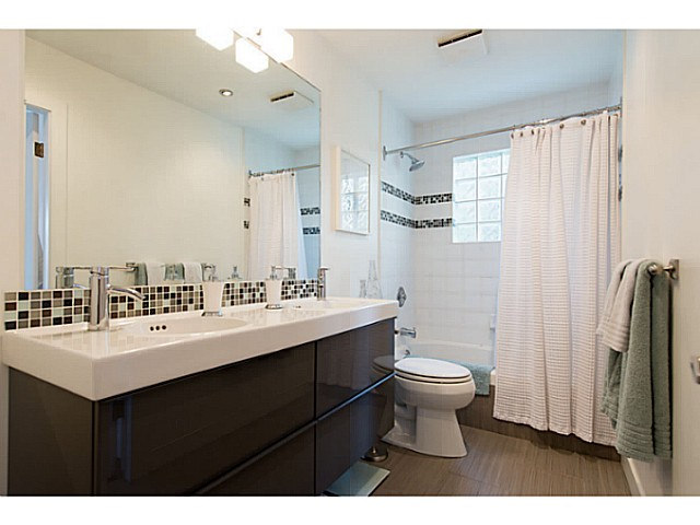 "Photo 15: 418 1820 W 3RD Avenue in Vancouver: Kitsilano Condo for sale in ""Monterey"" (Vancouver West)  : MLS(r) # V1057027"
