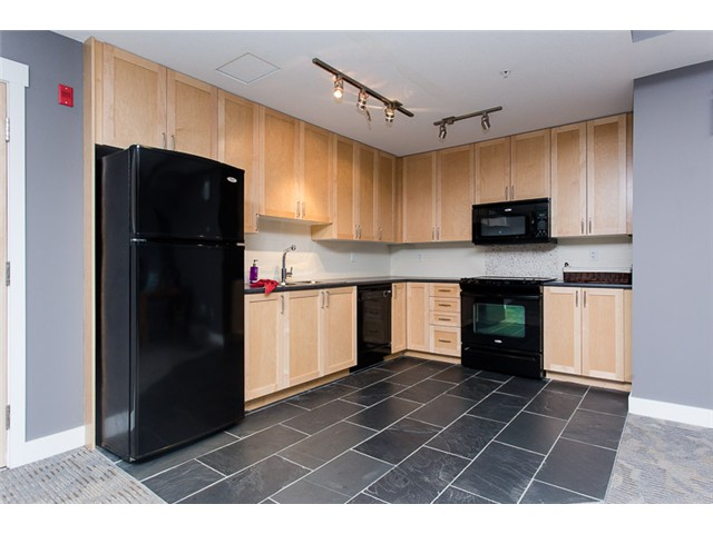 "Photo 18: 403 2368 MARPOLE Avenue in Port Coquitlam: Central Pt Coquitlam Condo for sale in ""RIVER ROCK LANDING"" : MLS(r) # V1101587"