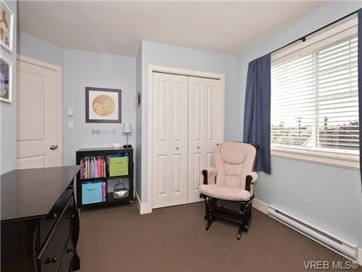 Photo 14: 4 1105 Esquimalt Road in VICTORIA: Es Saxe Point Townhouse for sale (Esquimalt)  : MLS® # 351697