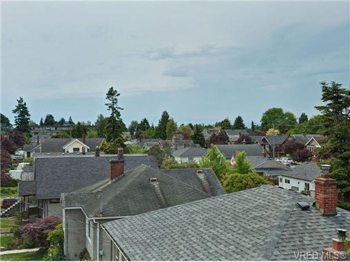 Photo 16: 4 1105 Esquimalt Road in VICTORIA: Es Saxe Point Townhouse for sale (Esquimalt)  : MLS® # 351697