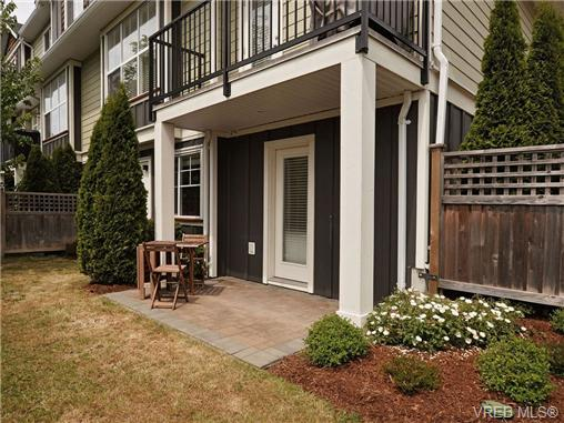 Photo 17: 4 1105 Esquimalt Road in VICTORIA: Es Saxe Point Townhouse for sale (Esquimalt)  : MLS® # 351697