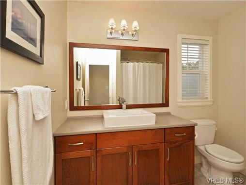 Photo 15: 4 1105 Esquimalt Road in VICTORIA: Es Saxe Point Townhouse for sale (Esquimalt)  : MLS® # 351697