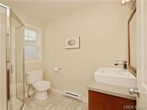 Photo 12: 4 1105 Esquimalt Road in VICTORIA: Es Saxe Point Townhouse for sale (Esquimalt)  : MLS® # 351697
