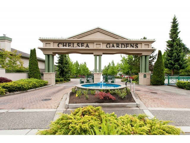 "Main Photo: 255 13888 70TH Avenue in Surrey: East Newton Townhouse for sale in ""CHELSEA GARDENS"" : MLS®# F1443001"