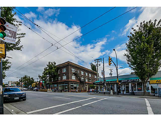 "Photo 15: 302 1689 E 4TH Avenue in Vancouver: Grandview VE Condo for sale in ""ANGUS MANOR"" (Vancouver East)  : MLS® # V1135533"