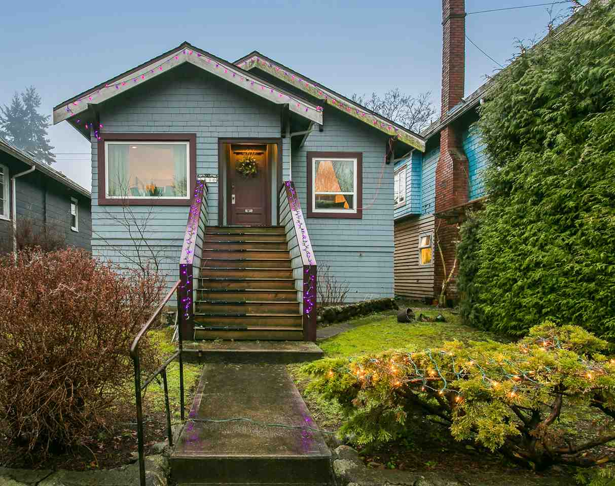 Main Photo: 3830 W 16TH Avenue in Vancouver: Dunbar House for sale (Vancouver West)  : MLS® # R2028922