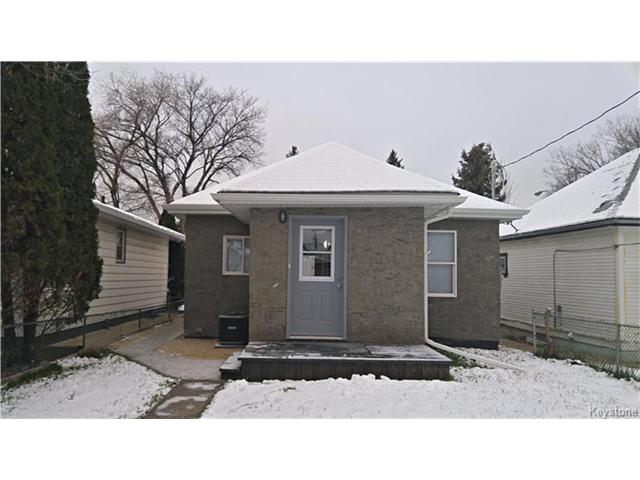 Photo 2: 355 Winterton Avenue in Winnipeg: East Kildonan Residential for sale (3A)  : MLS(r) # 1630108