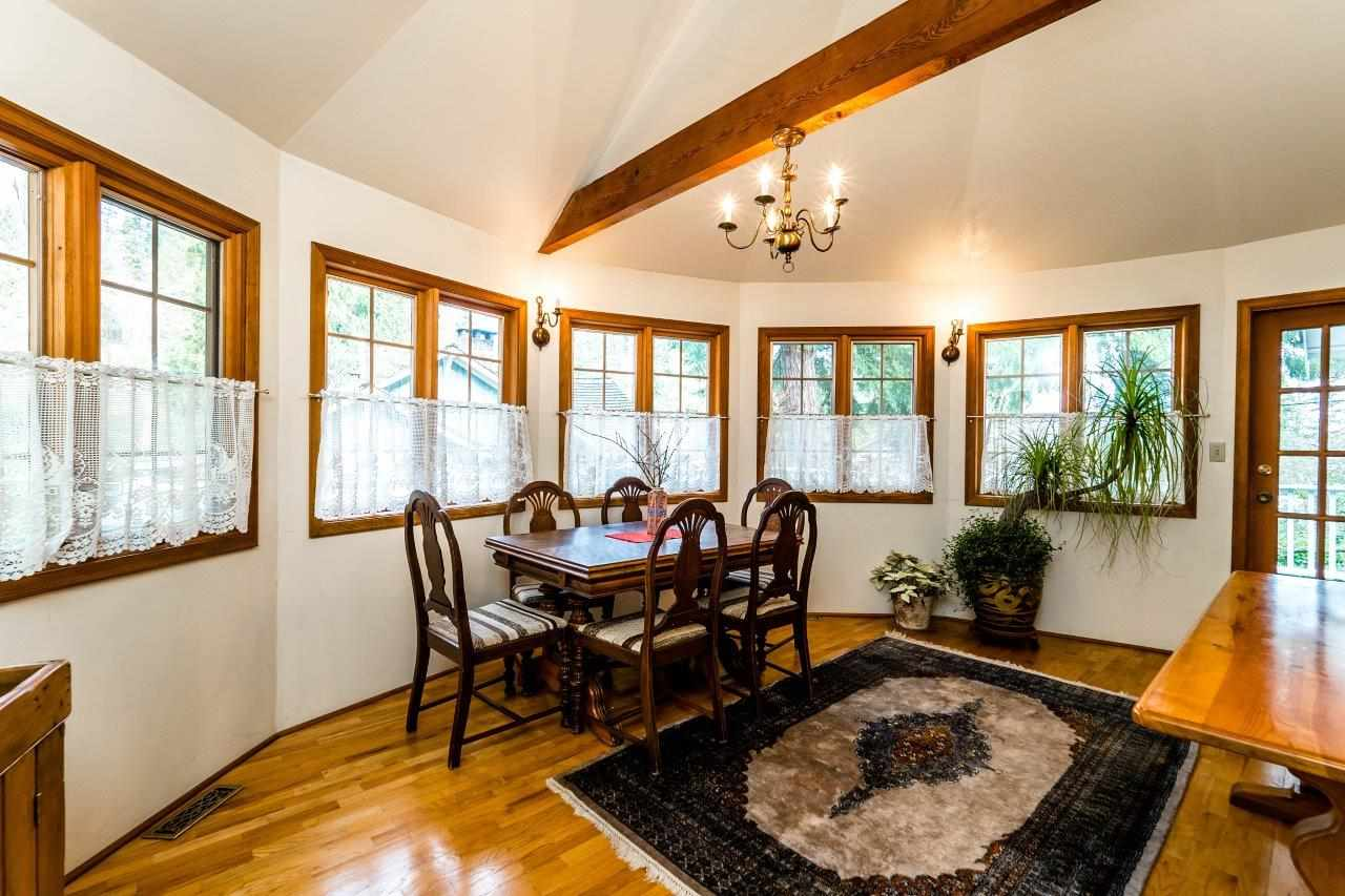 Photo 3: 4715 THE HIGHWAY in West Vancouver: Olde Caulfeild House for sale : MLS(r) # R2134934