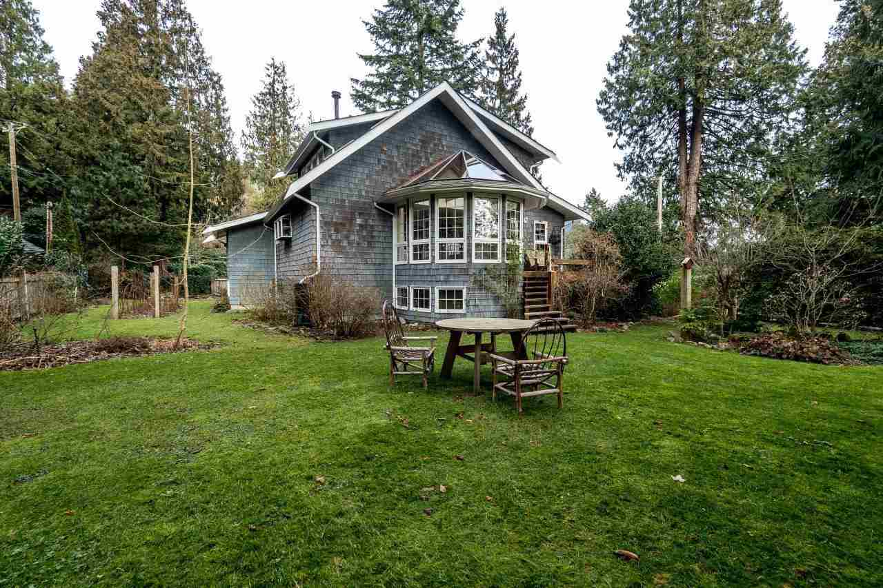 Photo 11: 4715 THE HIGHWAY in West Vancouver: Olde Caulfeild House for sale : MLS(r) # R2134934