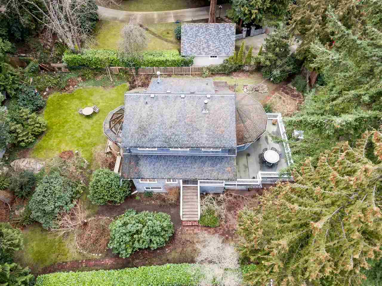 Photo 14: 4715 THE HIGHWAY in West Vancouver: Olde Caulfeild House for sale : MLS(r) # R2134934