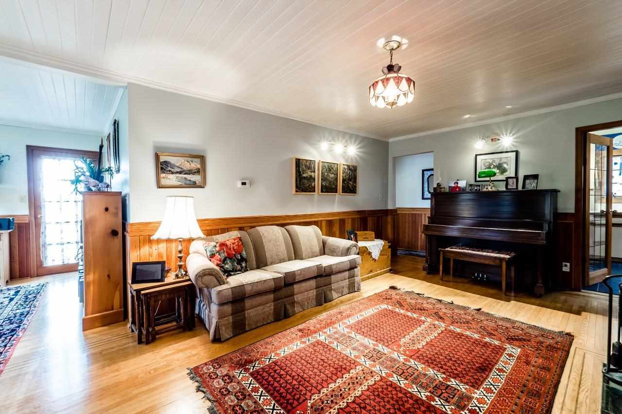 Photo 5: 4715 THE HIGHWAY in West Vancouver: Olde Caulfeild House for sale : MLS(r) # R2134934