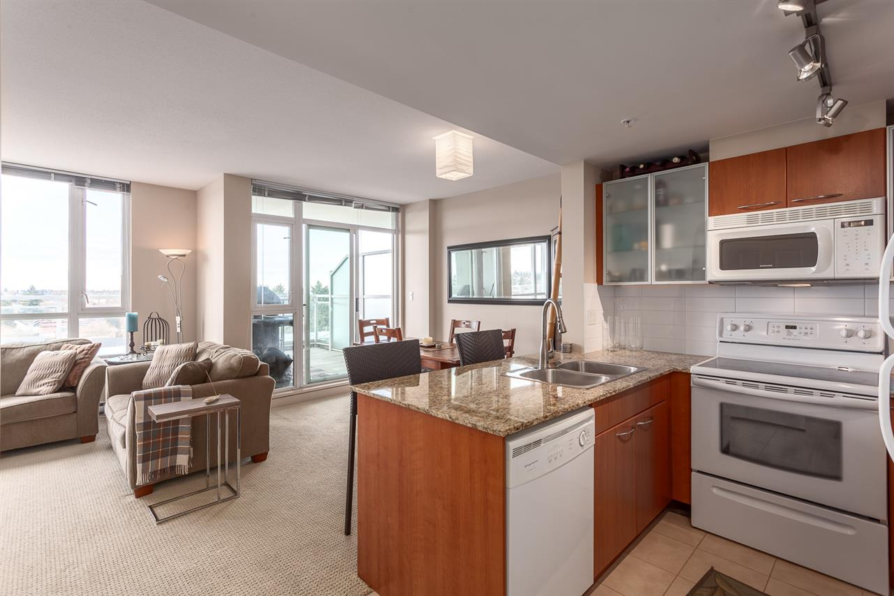"Photo 2: 705 4028 KNIGHT Street in Vancouver: Knight Condo for sale in ""KING EDWARD VILLAGE"" (Vancouver East)  : MLS® # R2141874"