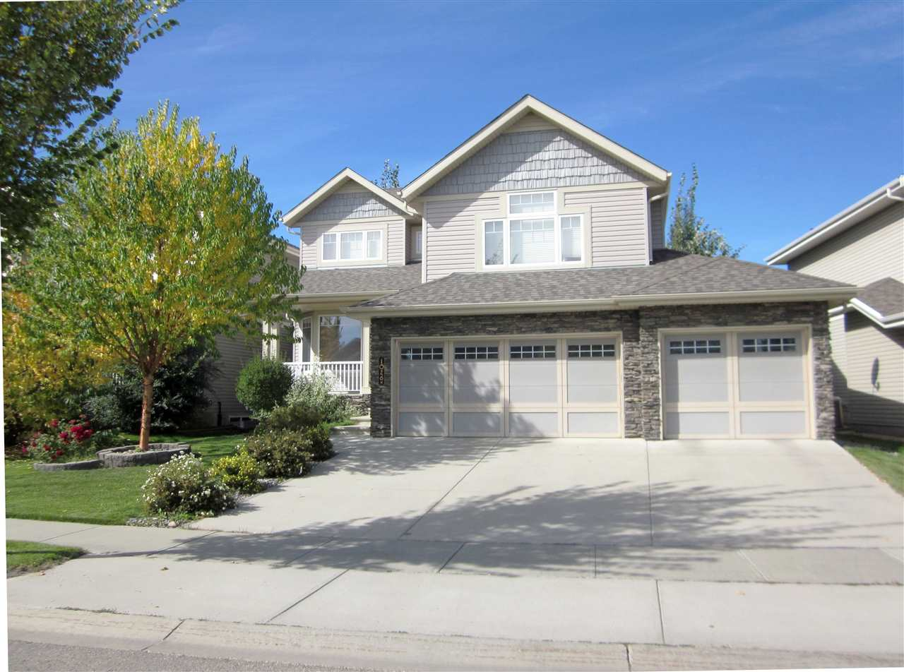 Main Photo: 1026 HOPE Road in Edmonton: Zone 58 House for sale : MLS(r) # E4057884