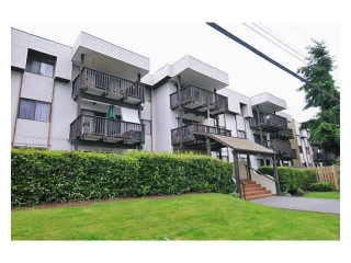 "Main Photo: 118 12170 222 Street in Maple Ridge: West Central Condo for sale in ""WILDWOOD TERRACE"" : MLS(r) # R2158558"