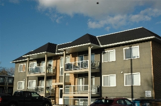 Main Photo: 22 11008 124 Street in Edmonton: Zone 07 Condo for sale : MLS(r) # E4062036