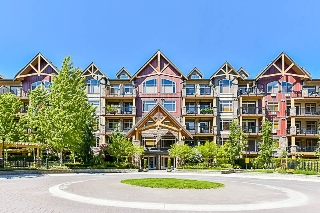 "Main Photo: 566 8328 207A Street in Langley: Willoughby Heights Condo for sale in ""Yorkson Creek"" : MLS(r) # R2171254"