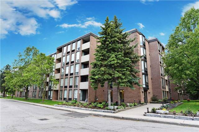 Main Photo: 103 1525 Diefenbaker Court in Pickering: Town Centre Condo for sale : MLS® # E3837860