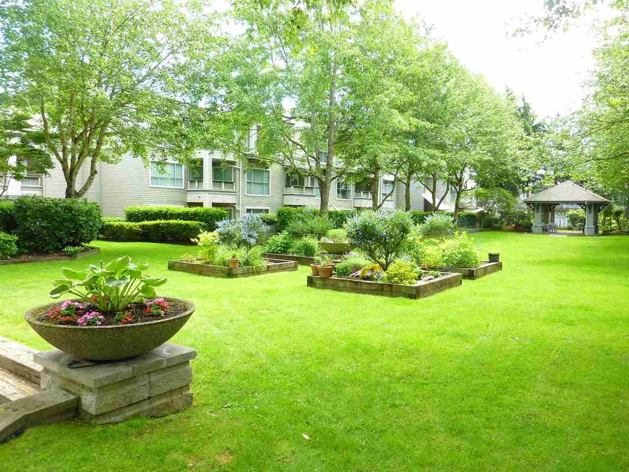 "Photo 19: 122 8880 JONES Road in Richmond: Brighouse South Condo for sale in ""REDONDA"" : MLS(r) # R2177657"