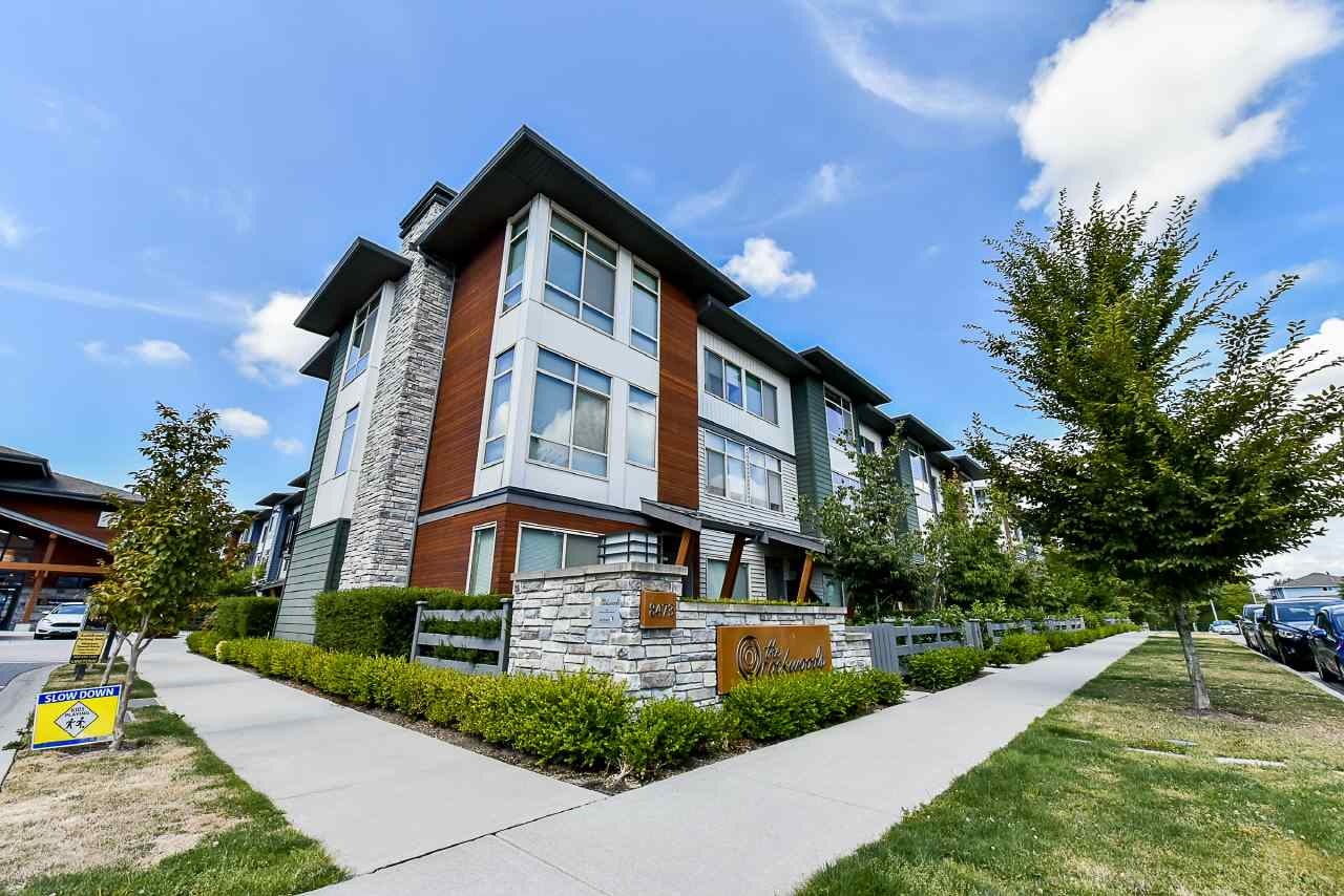 "Main Photo: 3 8473 163 Street in Surrey: Fleetwood Tynehead Townhouse for sale in ""THE ROCKWOODS."" : MLS® # R2196695"