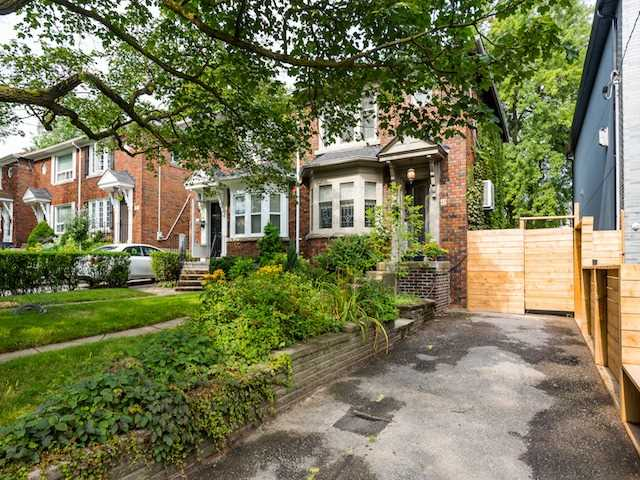 Main Photo: 42 Randolph Road in Toronto: Leaside House (2-Storey) for sale (Toronto C11)  : MLS® # C3900777