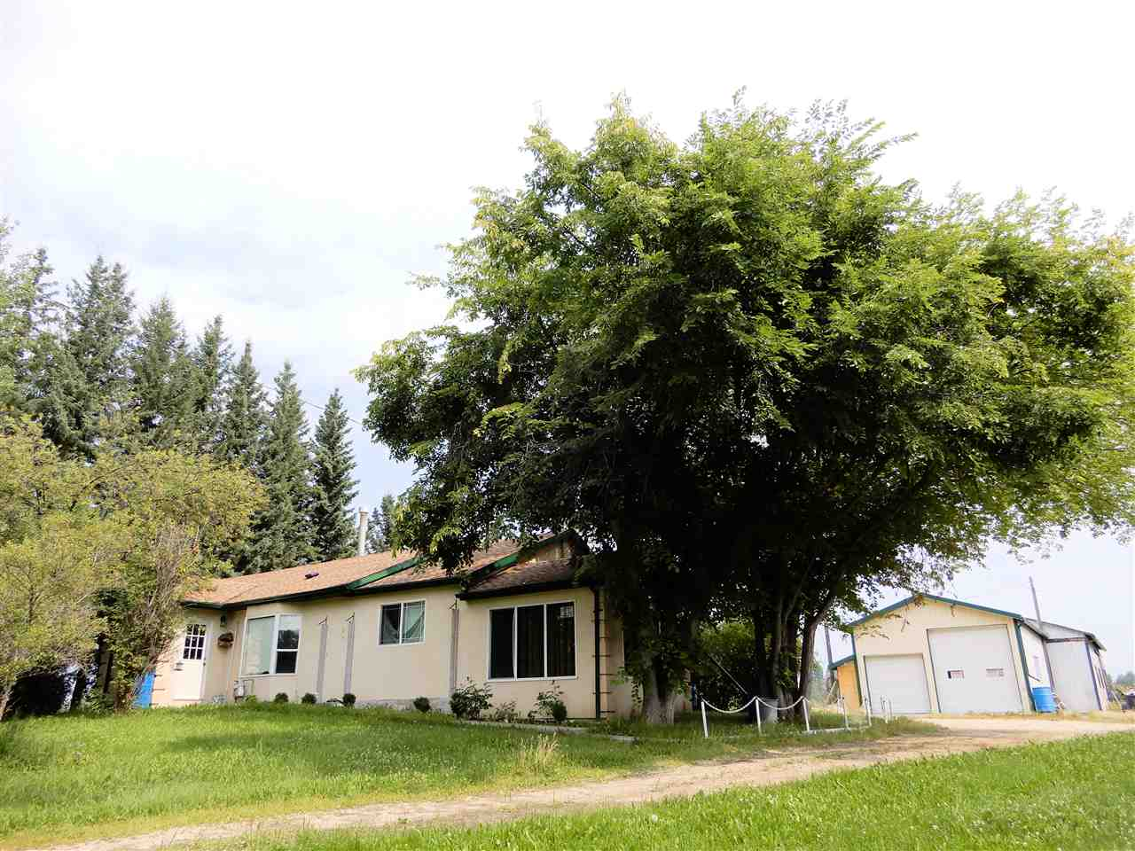 Main Photo: 53431 Range Road 92: Rural Yellowhead House for sale : MLS® # E4078384