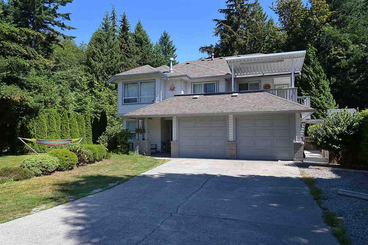 Main Photo: 852 TRALEE Place in Gibsons: Gibsons & Area House for sale (Sunshine Coast)  : MLS® # R2199333
