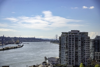 "Main Photo: 902 420 CARNARVON Street in New Westminster: Downtown NW Condo for sale in ""Carnarvon Place"" : MLS® # R2208084"