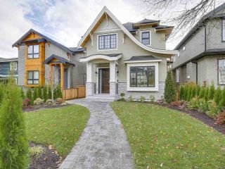 "Main Photo: 2920 W 41ST Avenue in Vancouver: Kerrisdale House for sale in ""KERRISDALE"" (Vancouver West)  : MLS® # R2221690"
