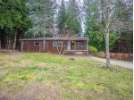 Main Photo: 5592 WAKEFIELD Road in Sechelt: Sechelt District Manufactured Home for sale (Sunshine Coast)  : MLS® # R2230720