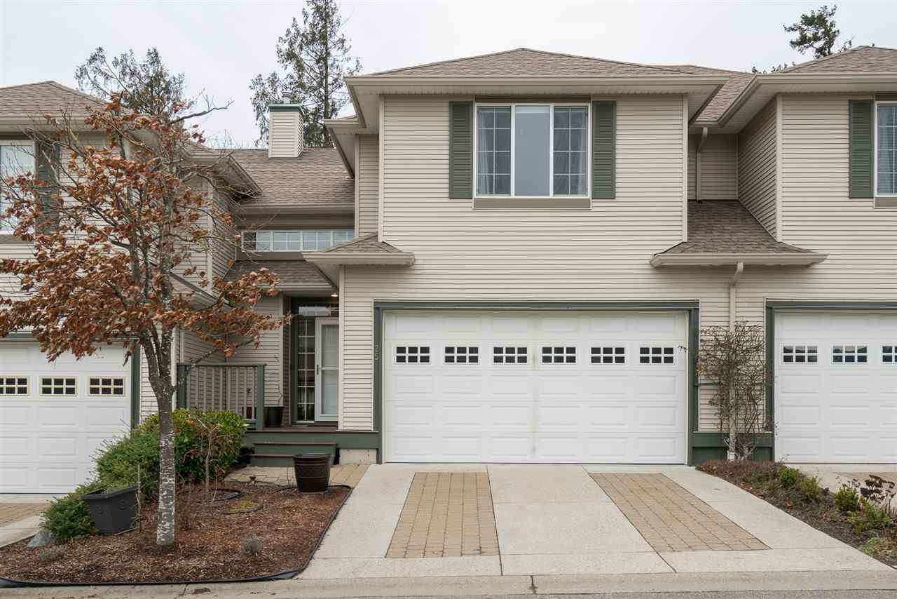 "Main Photo: 25 2088 WINFIELD Drive in Abbotsford: Abbotsford East Townhouse for sale in ""The Plateau at Winfield"" : MLS®# R2232502"