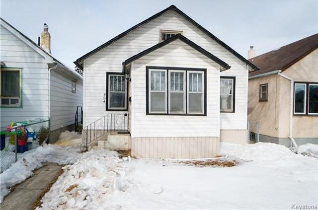 Main Photo: 304 Lock Street in Winnipeg: Weston Residential for sale (5D)  : MLS®# 1806248