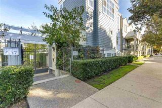 "Main Photo: 204 655 W 7TH Avenue in Vancouver: Fairview VW Townhouse for sale in ""THE IVY'S"" (Vancouver West)  : MLS®# R2316187"