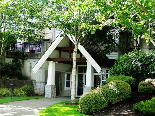 "Main Photo: 109 1438 PARKWAY Boulevard in Coquitlam: Westwood Plateau Condo for sale in ""MONTREUX"" : MLS(r) # V910536"
