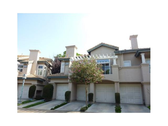 Main Photo: UNIVERSITY CITY Condo for sale : 1 bedrooms : 7244 Shoreline Drive #148 in San Diego
