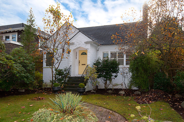 Main Photo: 4270 W 15TH Avenue in Vancouver: Point Grey House for sale (Vancouver West)  : MLS(r) # V1034852