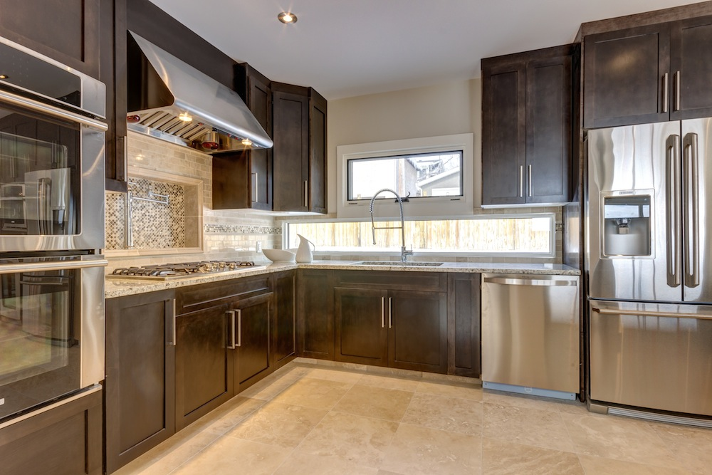 Photo 11: 31 HIGHWOOD Place NW in Calgary: Highwood Residential Detached Single Family for sale : MLS(r) # C3639703