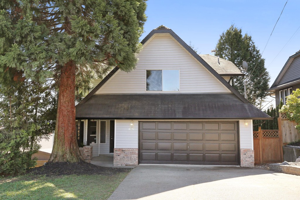 Main Photo: 19628 68 Avenue in Langley: Willoughby Heights House for sale : MLS® # R2047844