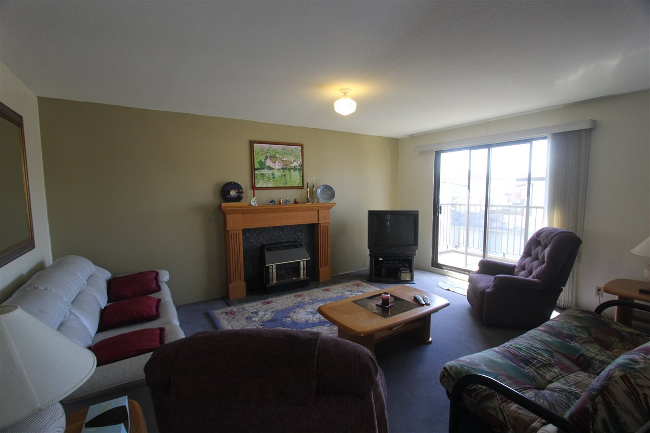 Photo 11: 5815 JOYCE Street in Vancouver: Killarney VE House for sale (Vancouver East)  : MLS(r) # R2053251