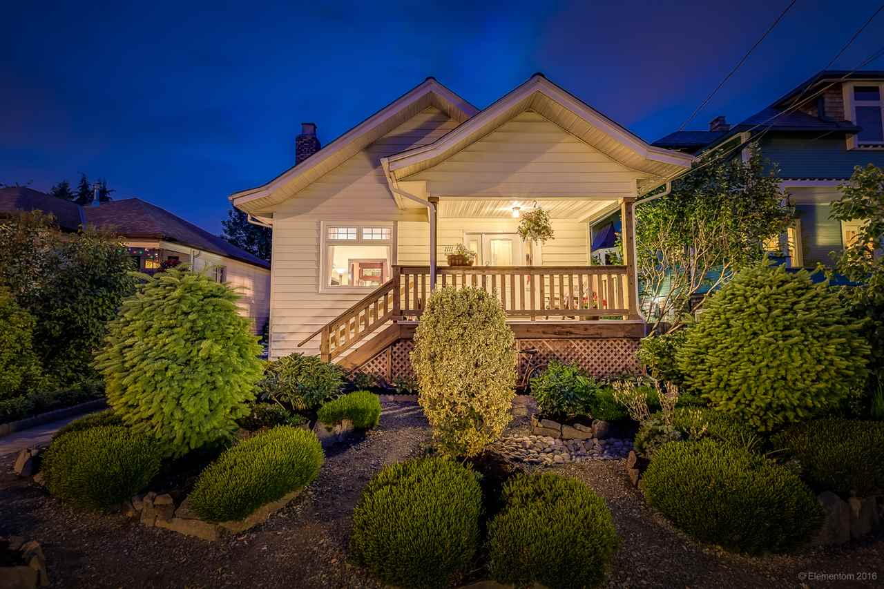 Main Photo: 1111 EDINBURGH Street in New Westminster: Moody Park House for sale : MLS® # R2074740