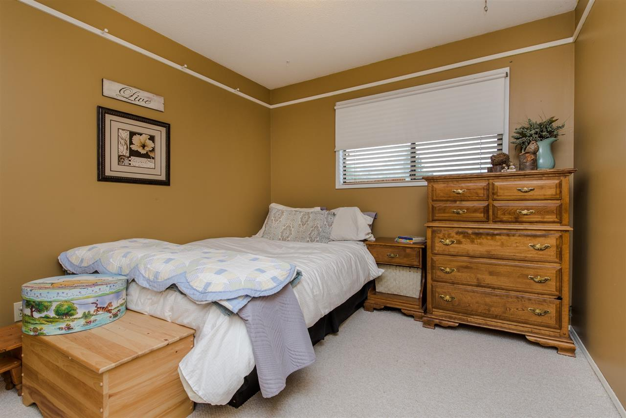 "Photo 11: 31810 CHARLOTTE Avenue in Abbotsford: Abbotsford West House for sale in ""Charlotte Park"" : MLS(r) # R2078834"