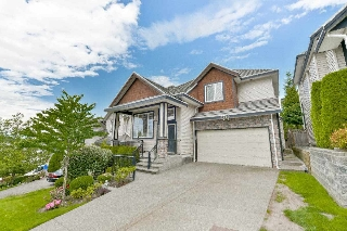 Main Photo: 6170 147 Street in Surrey: Sullivan Station House for sale : MLS(r) # R2111232