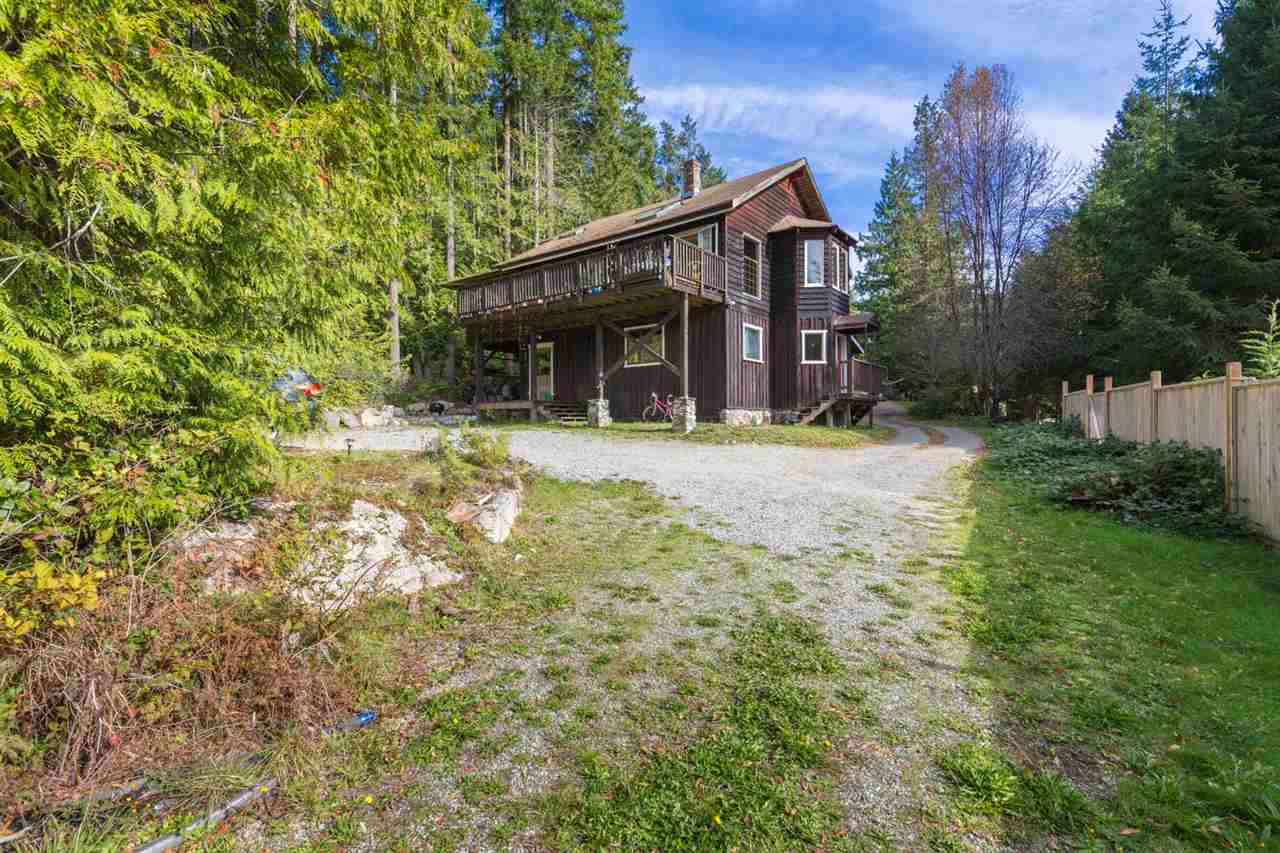 Photo 1: Photos: 1258 ROBERTS CREEK Road: Roberts Creek House for sale (Sunshine Coast)  : MLS® # R2116447