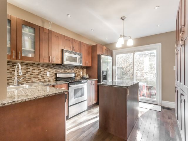 Photo 2: 5 Lancaster Avenue in Toronto: Cabbagetown-South St. James Town House (2-Storey) for sale (Toronto C08)  : MLS® # C3656274