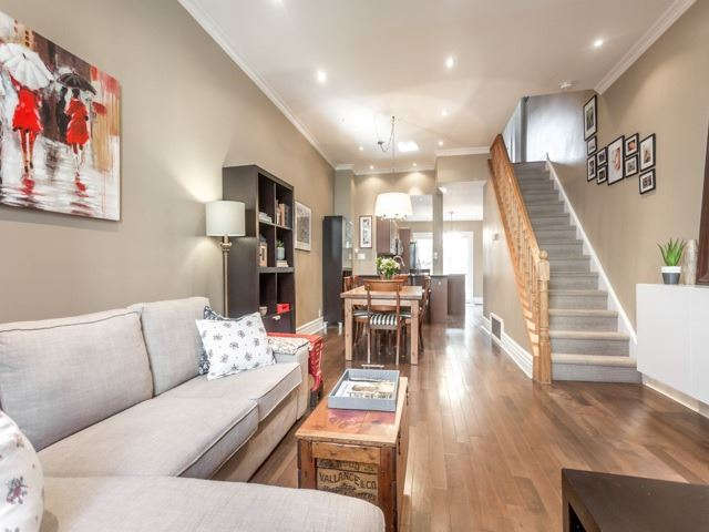 Photo 14: 5 Lancaster Avenue in Toronto: Cabbagetown-South St. James Town House (2-Storey) for sale (Toronto C08)  : MLS® # C3656274