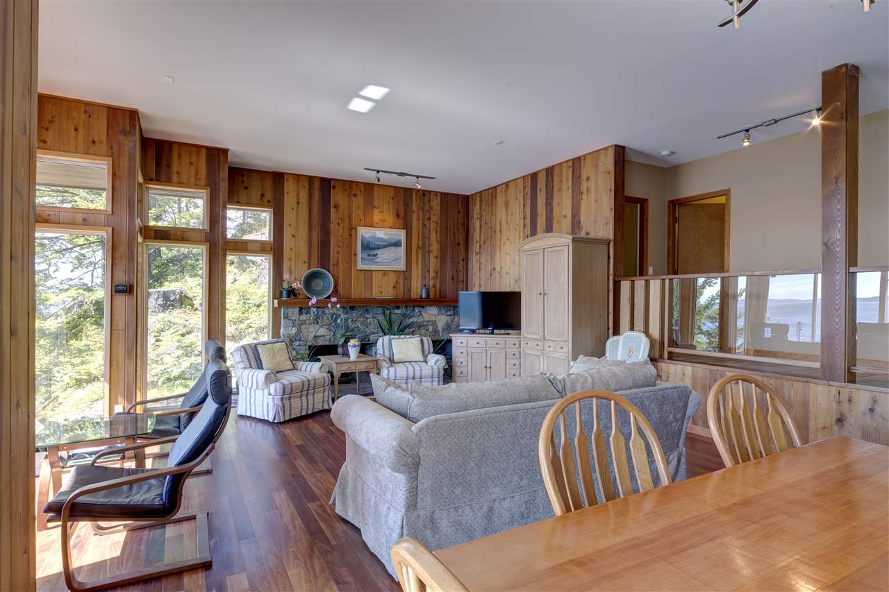 "Photo 12: Photos: 12424 ARBUTUS LANDING Road in Pender Harbour: Pender Harbour Egmont House for sale in ""ARBUTUS LANDING/BEAVER ISLAND"" (Sunshine Coast)  : MLS® # R2132671"