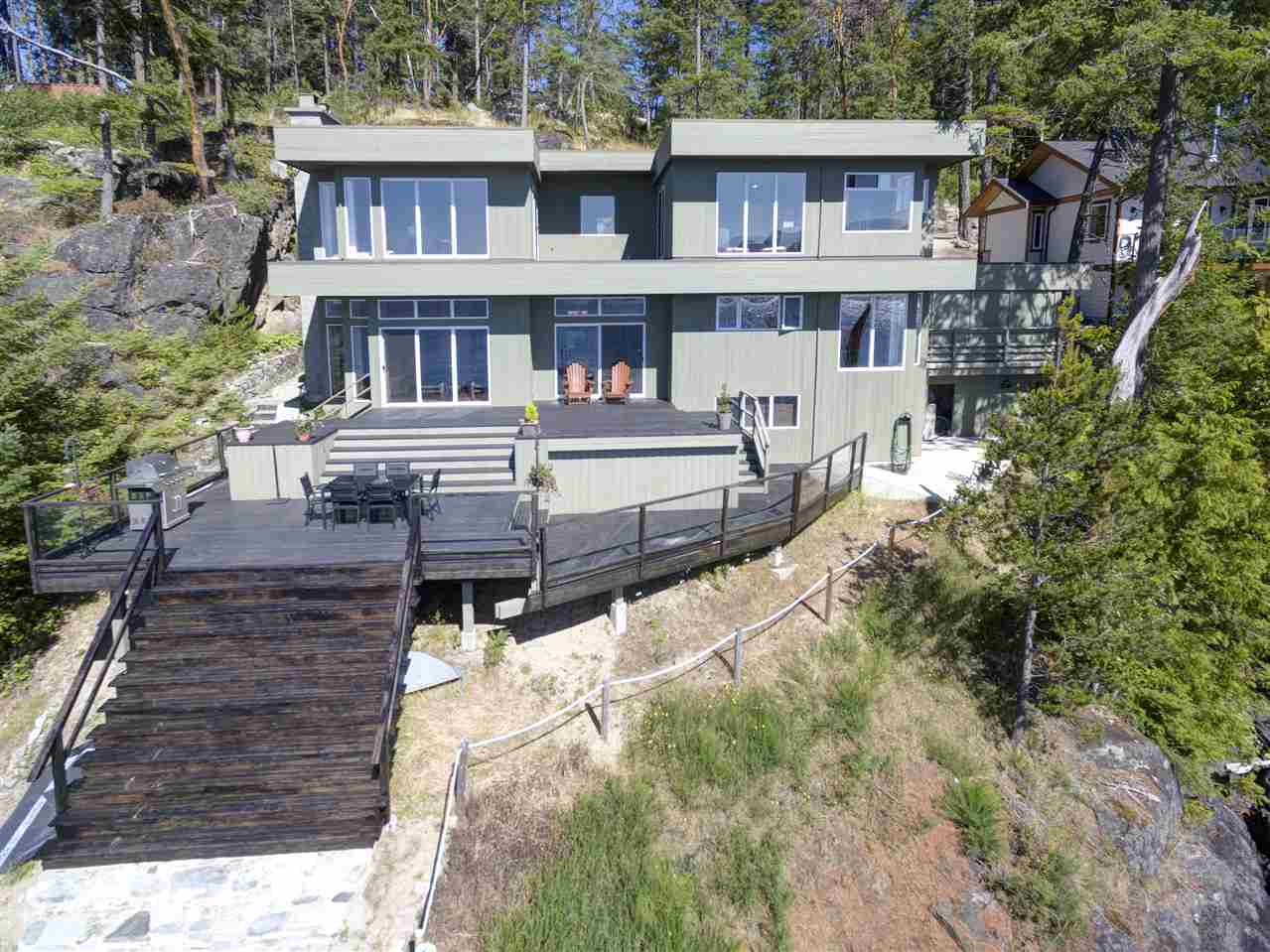 "Photo 1: Photos: 12424 ARBUTUS LANDING Road in Pender Harbour: Pender Harbour Egmont House for sale in ""ARBUTUS LANDING/BEAVER ISLAND"" (Sunshine Coast)  : MLS® # R2132671"